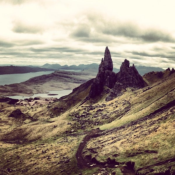 Where's Good? Holiday and vacation recommendations for Isle of Skye, United Kingdom. What's good to see, when's good to go and how's best to get there.