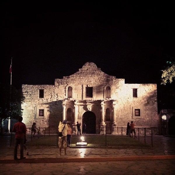 Photo taken at The Alamo by Amanda Z. on 6/22/2013