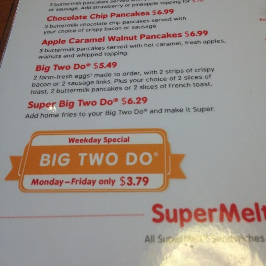 Photo taken at Friendly's by Kimberly S. on 11/19/2012