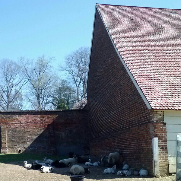 Photo taken at George Washington's Mount Vernon Estate, Museum & Gardens by Melissa S. on 4/10/2014
