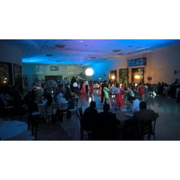 Salon roma del c sar event space for 18 8 salon dallas