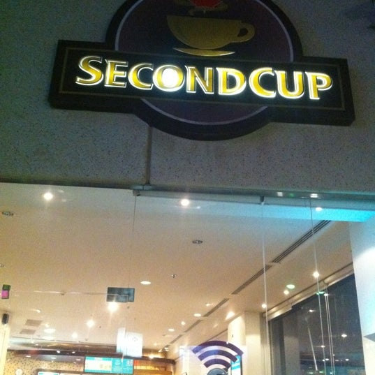 Photo taken at SECOND CUP | سكند كب by Aref A. on 9/26/2012