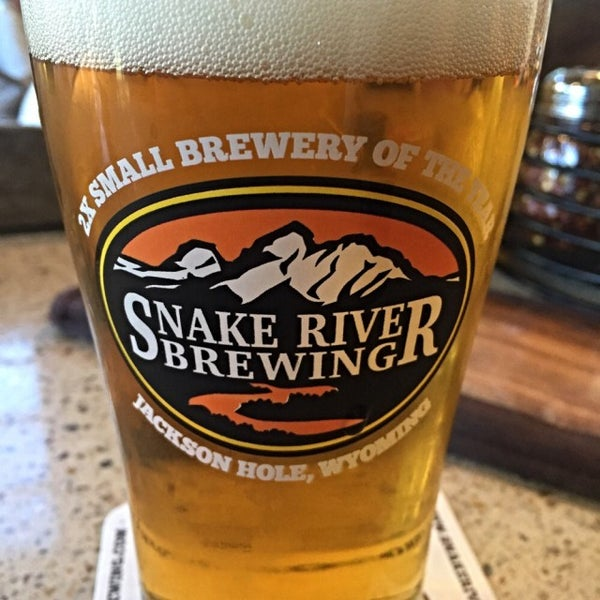 Photo taken at Snake River Brewery & Restaurant by Jay P. on 9/10/2015
