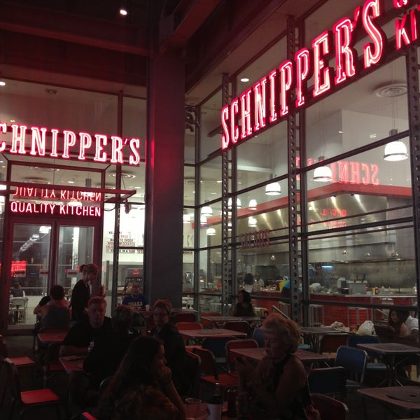 Photo taken at Schnipper's Quality Kitchen by Priscila P. on 6/18/2013