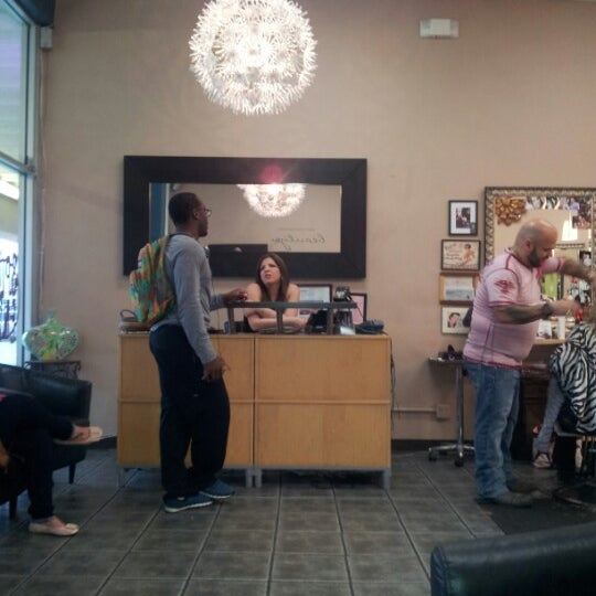Photo taken at Split Endz Hair and Nails by Eric W. on 1/17/2013