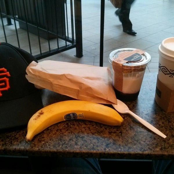 Photo taken at Peet's Coffee & Tea by Warren B. on 8/6/2014