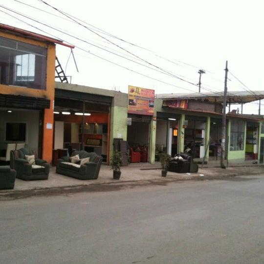 Parque industrial de villa el salvador for Parque industrial villa el salvador muebles