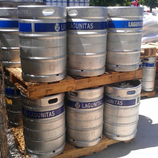 Photo taken at Lagunitas Brewing Company by Angela P. on 7/5/2013