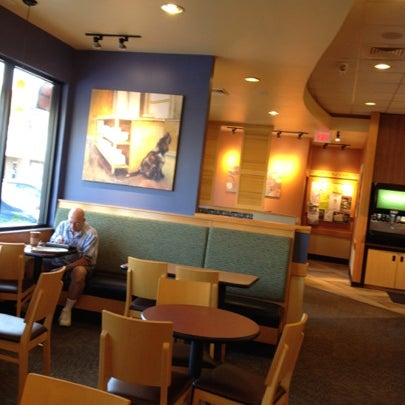 Photo taken at Panera Bread by Marie D. on 9/23/2012