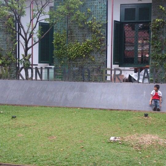 Photo taken at Museum Seni Rupa dan Keramik by murphy on 12/26/2013