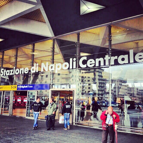 Photo taken at Stazione Napoli Centrale by Alejandro Q. on 10/29/2012