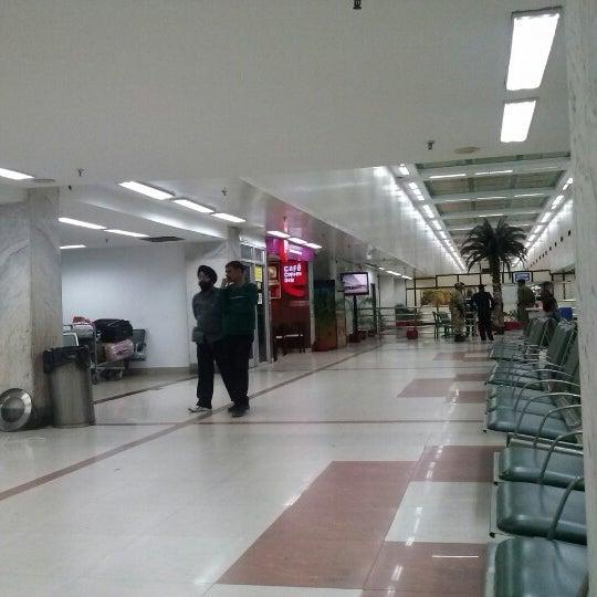 Photo taken at Netaji Subhash Chandra Bose International Airport (CCU) by 👑Frankie T. on 2/12/2013
