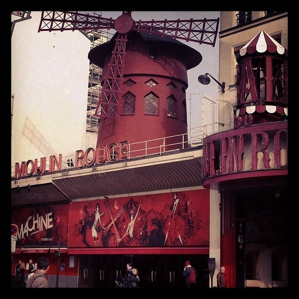 Photo taken at Moulin Rouge by Lorenzo T. on 3/15/2014