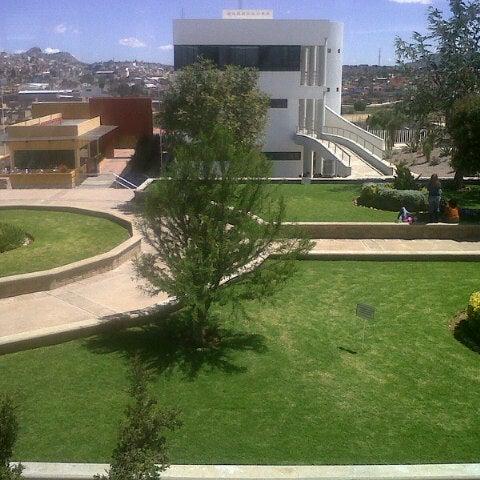 Photo taken at Universidad Autónoma de Durango Campus Zacatecas by Eri R. on 9/25/2012