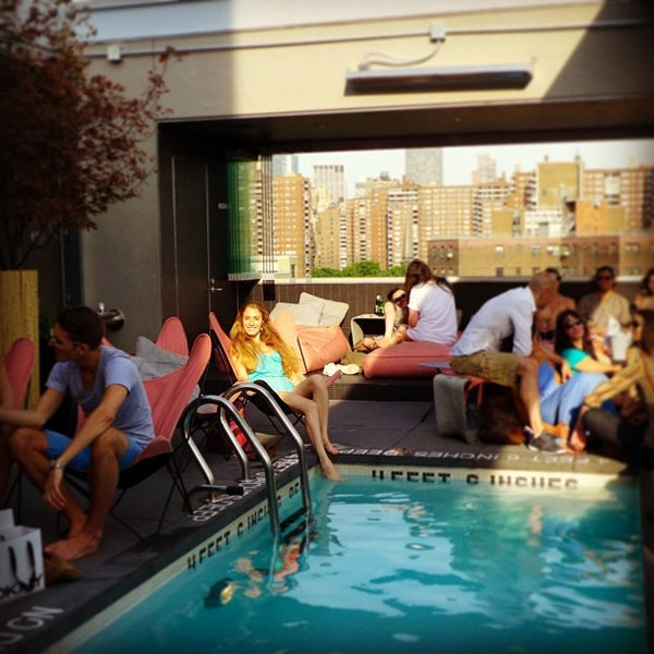 La piscine at h tel americano hotel bar in new york for Piscine new york
