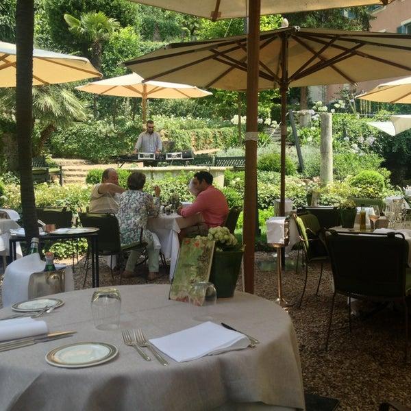 Le jardin de russie mediterranean restaurant for Le jardin de caroline restaurant