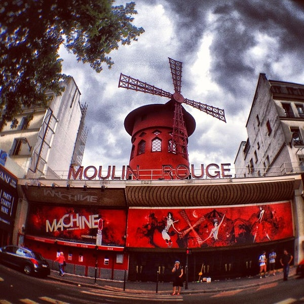 Photo taken at Moulin Rouge by Вершинин ⚡ on 7/26/2013