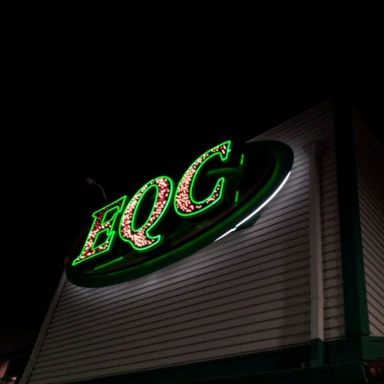 Emerald queen casino club