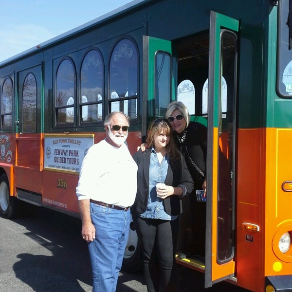 Photo taken at Old Town Trolley Tour by Ccmfer on 5/5/2013