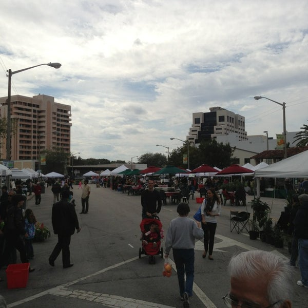 Photo taken at Gables Farmers Market by Hector G on 3/2/2013