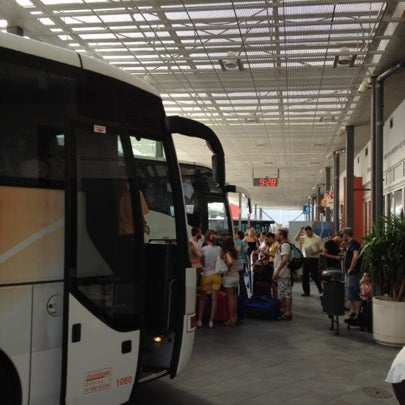Photo taken at Autobusni Kolodvor Dubrovnik | Dubrovnik Bus Station by Hobeom R. on 7/30/2012