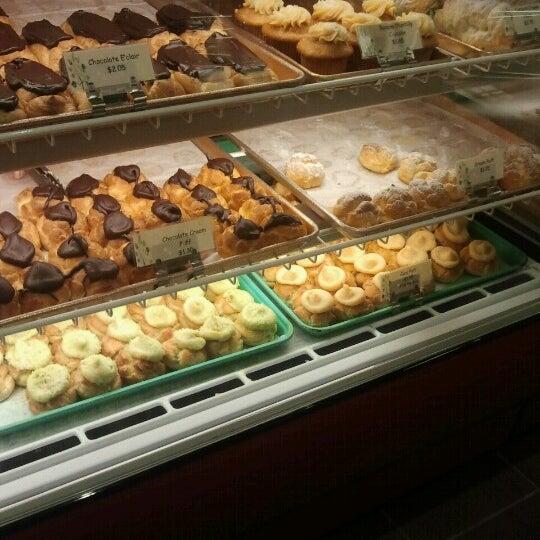 Liliha Bakery - Diner in Honolulu