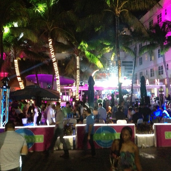 Photo taken at Clevelander by TORIAN B. on 1/7/2013