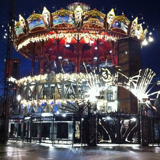 carrousel du monde marin theme park in le de nantes. Black Bedroom Furniture Sets. Home Design Ideas