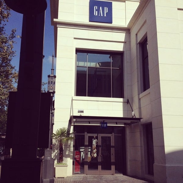 Photo taken at Gap by Damian-Michael W. on 7/8/2014