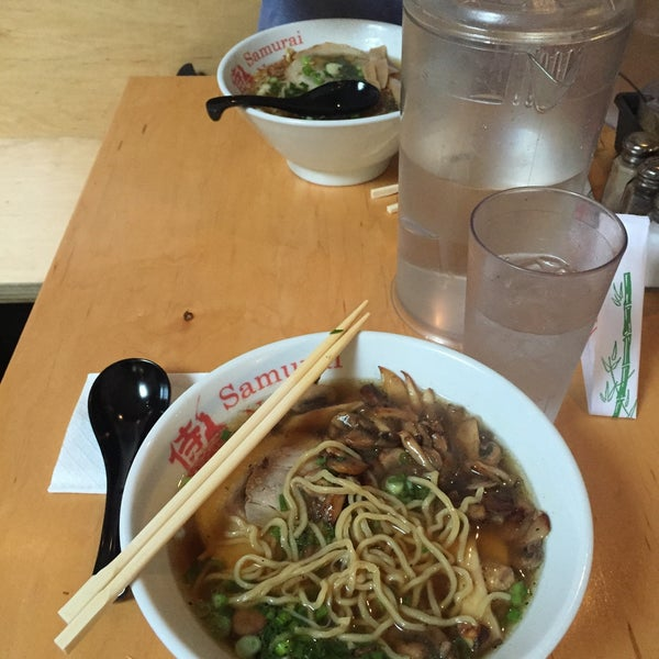 Photo taken at Samurai Noodle by Aaron L. on 10/18/2015