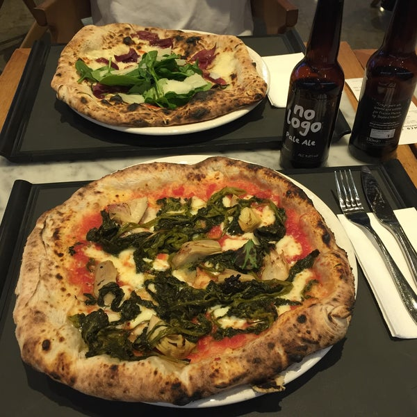 Photo taken at Franco Manca by Vit V. on 5/22/2016