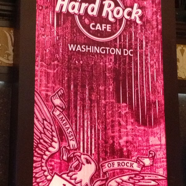 Photo taken at Hard Rock Cafe Washington DC by 🇮🇹 Maria 🇺🇸🐢 on 5/14/2013