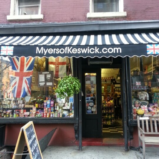 Photo taken at Myers of Keswick by Sojin on 5/4/2013