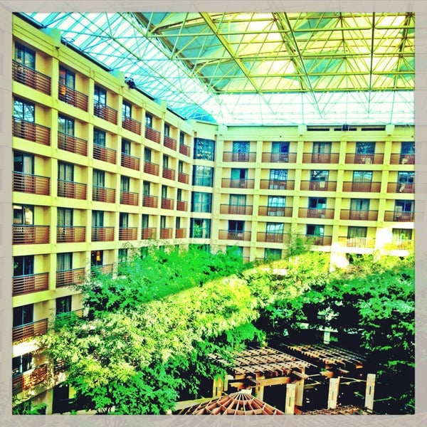 Photo taken at Hyatt Regency San Francisco Airport by kHyal™ |. on 6/30/2013