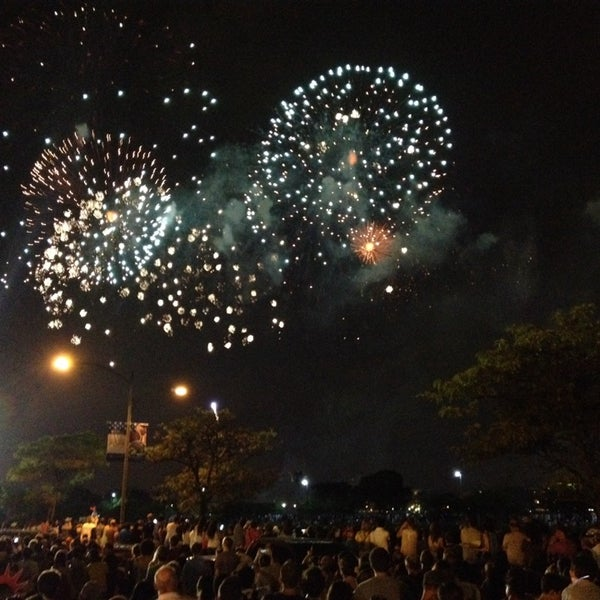 Photo taken at The Esplanade by @WW3 on 7/4/2014