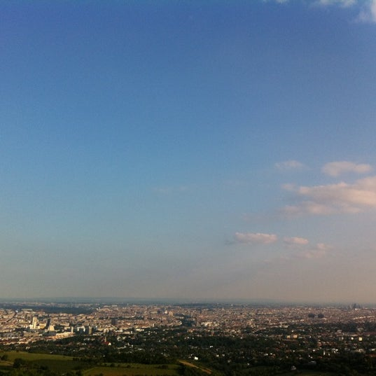 Photo taken at Kahlenberg by Willy G. on 5/23/2011