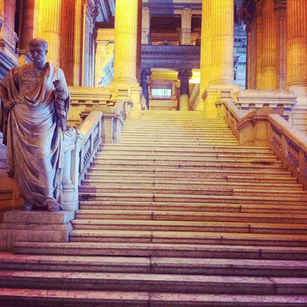 Photo taken at Justitiepaleis / Palais de Justice by Aliceful on 6/10/2013