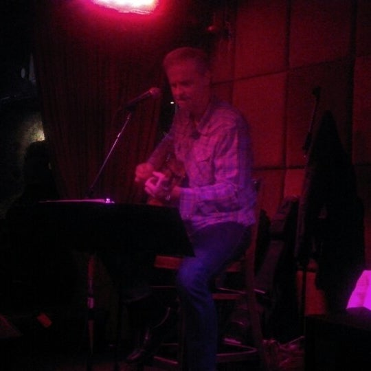 Photo taken at The Red Lion by Kathleen 'Kat' H. on 1/5/2013