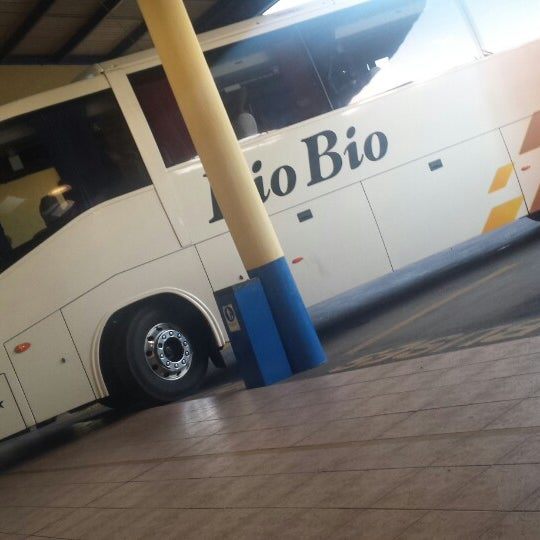 Photo taken at Terminal Buses Bio Bio Victoria by Christianisimo J. on 2/12/2014