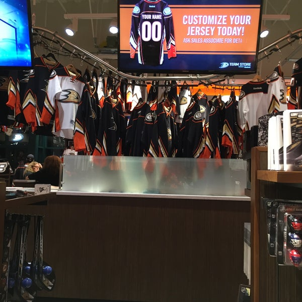 The Official Anaheim Team Store. Show your Ducks Dedication on the road or in the lot with this Anaheim Ducks Car Flag!.