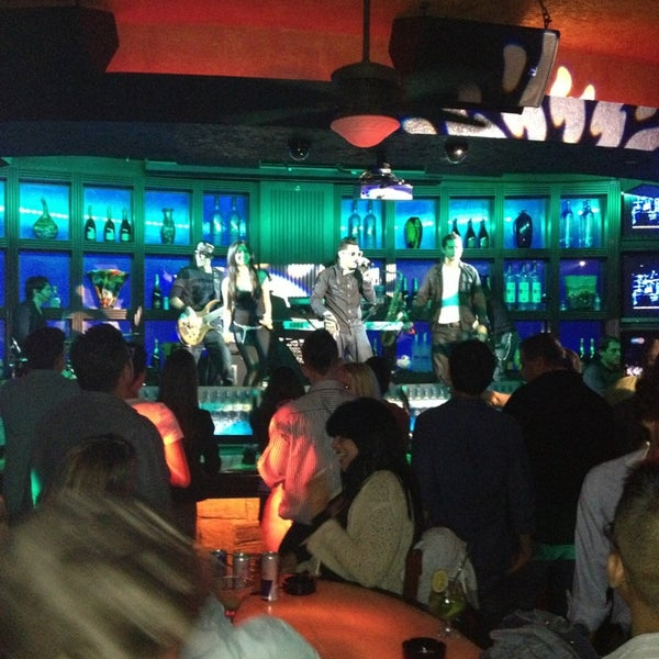 Photo taken at Blue Martini Brickell by El power on 1/18/2013