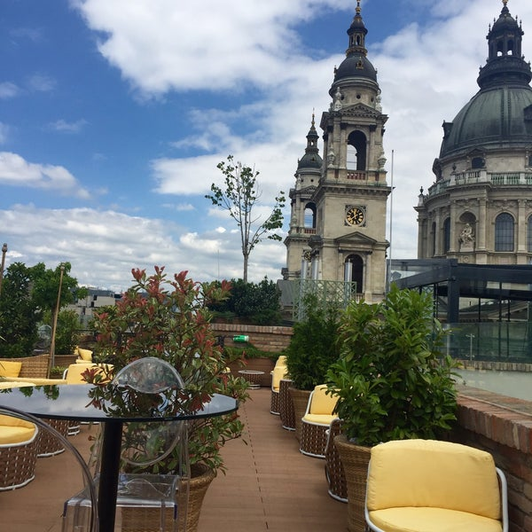 Where's Good? Holiday and vacation recommendations for Budapest, Hungary. What's good to see, when's good to go and how's best to get there.