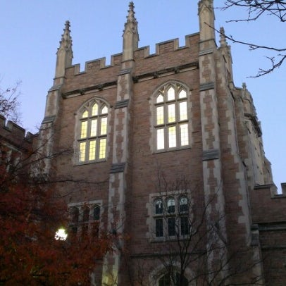Photo taken at Washington University in St. Louis by Fan G. on 10/23/2012