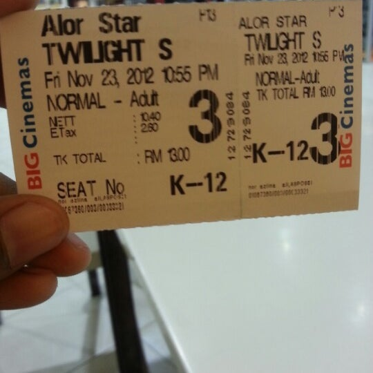 Photo taken at Big Cinemas by Mohammad K. on 11/23/2012