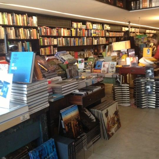 Photo taken at Livraria da Vila by Priscilla M. on 10/28/2012