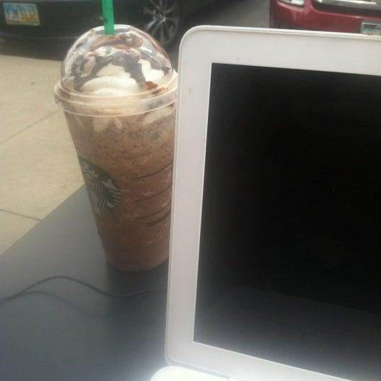 Photo taken at Starbucks by Keisha G. on 6/18/2014