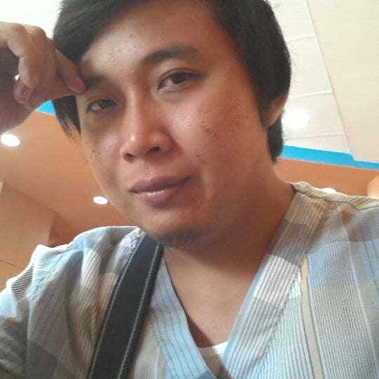 Photo taken at Chowking by Francis V. on 9/30/2012