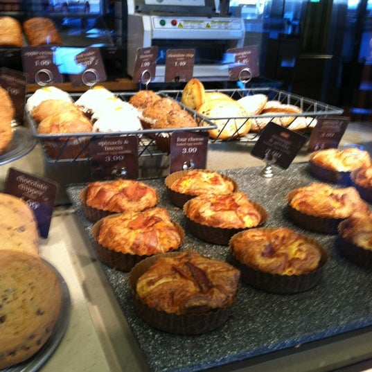 Photo taken at Panera Bread by Michelle Davis on 11/26/2012