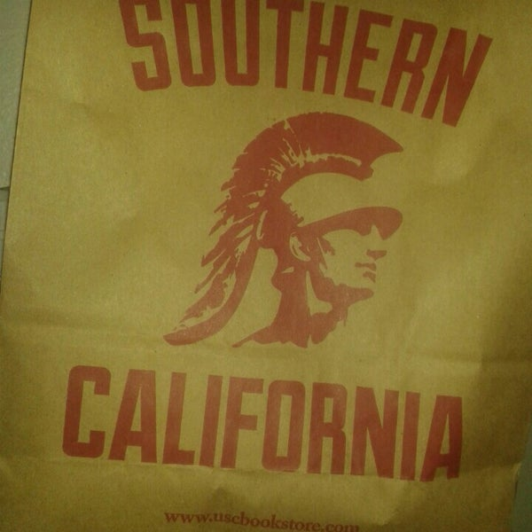 Photo taken at USC Bookstore (BKS) by Fabrizio S. on 9/11/2014