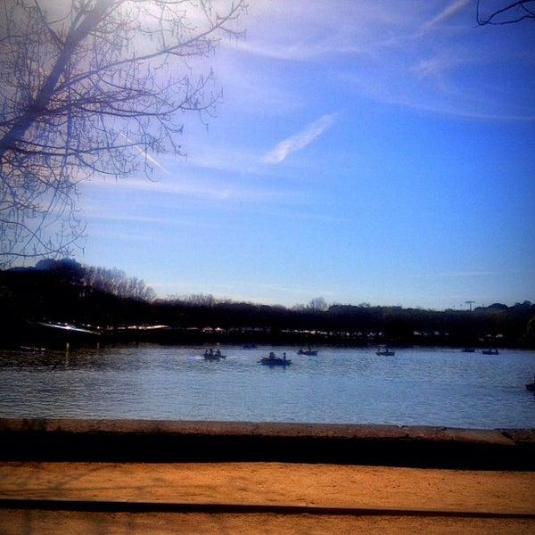Photo taken at Lago de la Casa de Campo by Zelloss on 4/13/2013